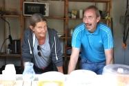 Ilse och Anders servade i caféet.